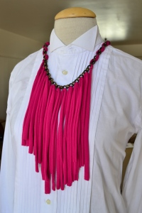 neckpiece pink